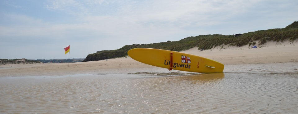 Surfing in Cornwall - The World First Wander from World First Travel Insurance